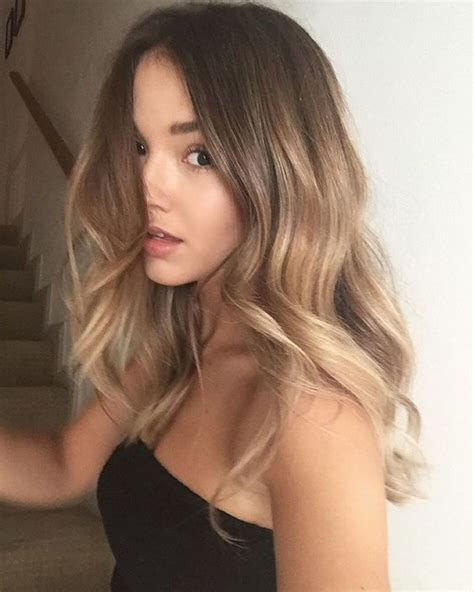 hair colour to suit a 40 year old picture of brown hair with ombre balayage to honey and blonde