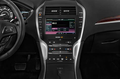 2015 Lincoln MKZ Hybrid Instrument Panel Interior Photo