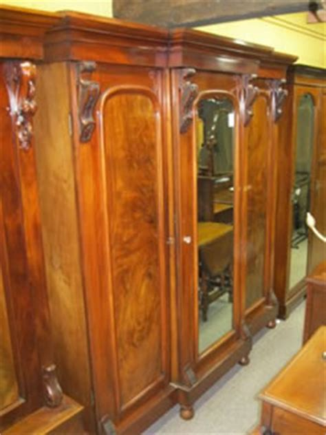 Wardrobes Northern Ireland by Antique Wardrobes And Robes Ireland Northern Ireland Ni