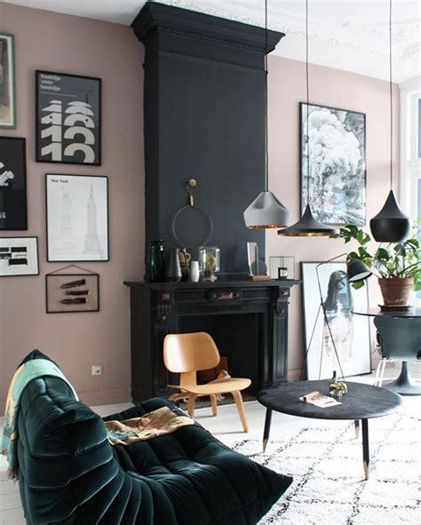 Best 25  Black fireplace ideas on Pinterest