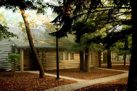 Cabins In Starved Rock Il by Starved Rock Lodge Vacation Ideas