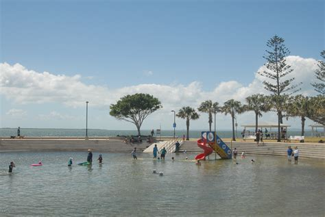 Wynnum Beach and Wading Pool Brisbane