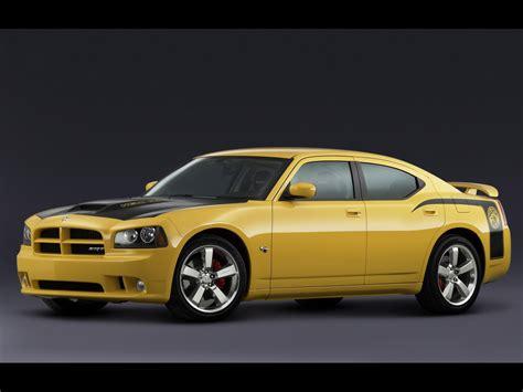 2007 Dodge Charger Srt8 2007 Dodge Charger Srt8 Bee Side Angle 1280x960