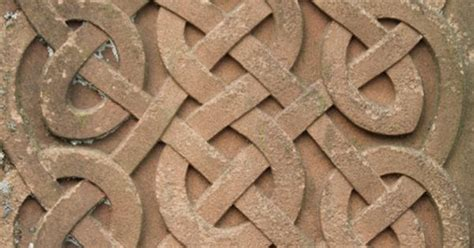 brave felicity celtic knot pillow diy continuous knot exc for the figure 8 in the middle celtic