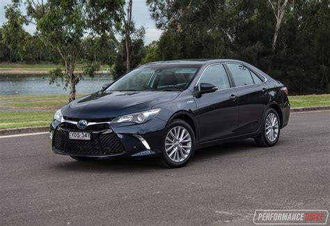 toyota hybrid 2017 toyota camry hybrid atara sl review