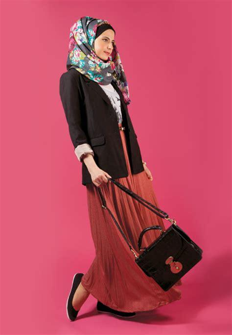 Rok Lipit Skirt By Haviza Busana busana santai dengan aneka gaya model trend busana santai