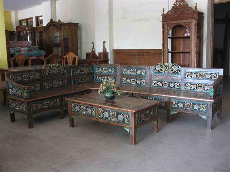 Meja Kursi Sudut Motif Bunga Bahan Kayu Jati Ukir Jepara Free Ongkir kursi sudut motif ukiran bunga createak furniture