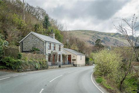 cottages in dolgellau wales
