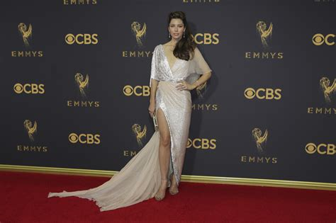 Report Emmy Nominees List Is Out by Trend Report Tuesday Emmy Awards 2017 Carpet Recap