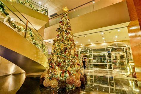 extravagant christmas trees  metro manila