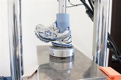 running shoes test how running shoes get tested in footwear labs