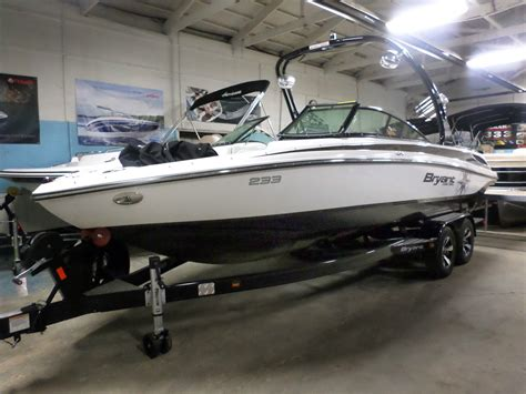bryant boats canada bryant 223 walkabout 2013 for sale for 54 900 boats
