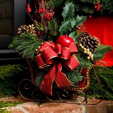 sleigh centerpiece inspiration christmas pinterest