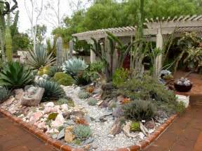 Succulent Gardens Ideas Reader Photos A Gem Of A Succulent Garden Gardening