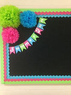 very beautiful softboard on christmas i like the pop of color on this bulletin board as it is bright cheerful and stands out i