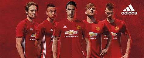 manchester united official 2017 1785492217 official manchester united 2016 17 adidas home kit