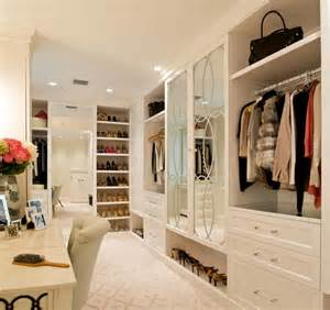 House Of Closets by How Mirrored Closet Doors Can Enhance The Of Your Home