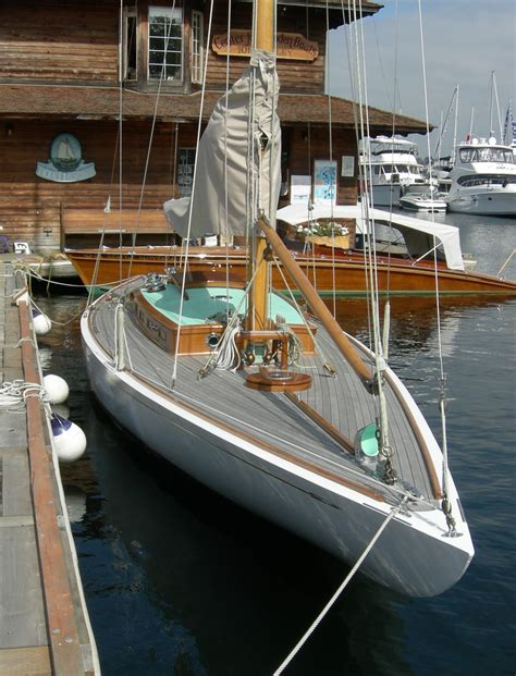 on a boat r file r class sloop pirate 03 jpg wikimedia commons