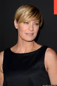 robin wright haircut everyone at the oscars looked like underwood from