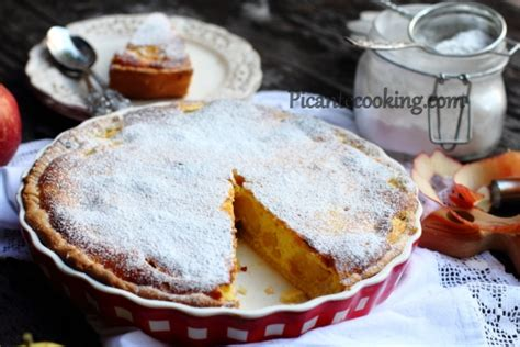 Apple Pie Cottage by Picantecooking