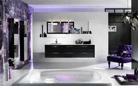 negro gris  marron en el cuarto de bano  disenos