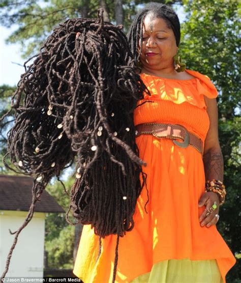 women with worlds longest dreads meet the woman with the world s longest hair photos