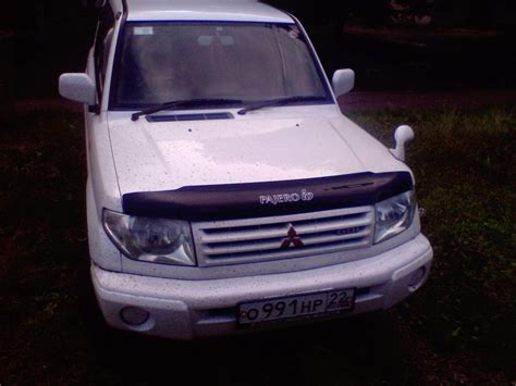 mitsubishi pajero io 2000 2000 mitsubishi pajero io photos 1 8 gasoline automatic