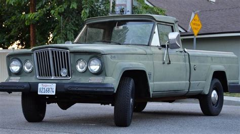 Gladiator Jeep For 4 900 Are You Not Entertained By This 1964 Jeep