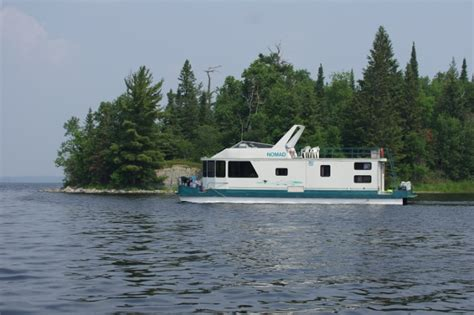 lake of the woods house boats take time out of your busy schedule for something more important family northern
