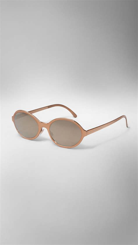 Bt8872 White Harvest Burberry burberry the splash sunglasses in a metallic finish in