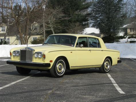 roll royce burgundy seller of classic cars 1976 rolls royce silver shadow