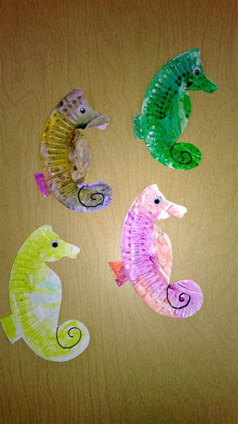 Seahorse Paper Plate Craft - the 11 best images about vbs animals on
