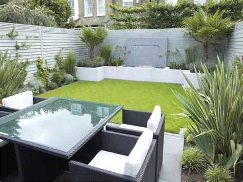 Concrete Borders For Gardens Very Small Garden Designs Small Modern Garden Ideas