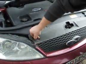 ford mondeo replacement xenon headlight bulb youtube