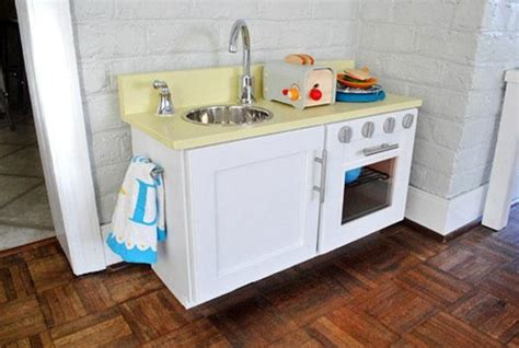 pretend kitchen furniture 25 ideas recycling furniture for diy play kitchen designs