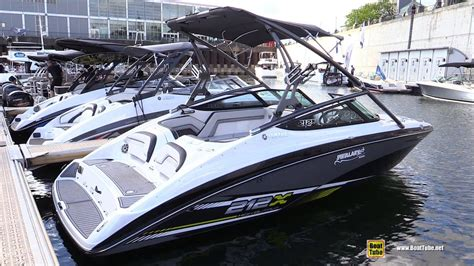 yamaha boats montreal 2016 yamaha 212x motor boat walkaround 2016 montreal