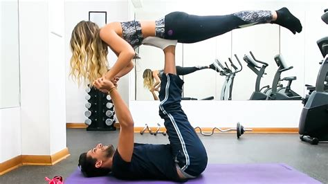 imagenes de yoga flow yoga challenge en pareja youtube