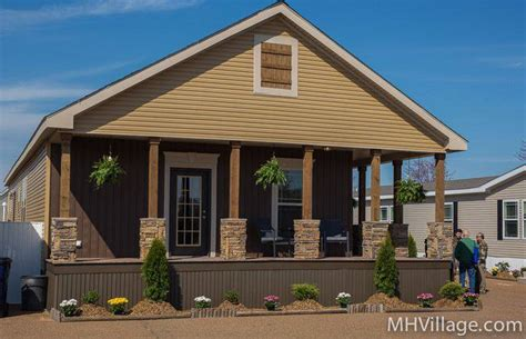 Garage With Screened Porch 45 Great Manufactured Home Porch Designs Mobile Home Living