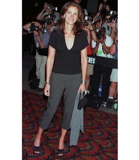 11 ways Julia Roberts? 90s style is hot right now   Style