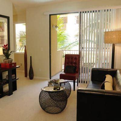 desain dapur menyatu dengan ruang tamu 50 dekorasi ruang tamu minimalis elegan modern rumah impian