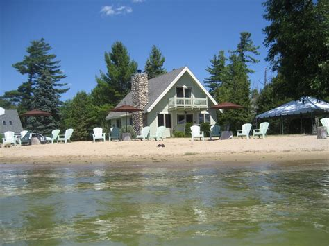 vacation lake house holiday rental near seattle on whidbey island awesome lakefront beach vacation rental vrbo