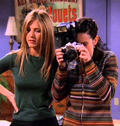 samantha lefave 17 things you saw on quot friends quot that don t even exist