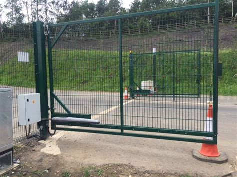 automated swing gates kynren an epic tale of construction rennyco