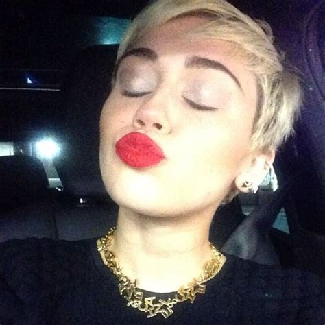 what is miley cyrus haircut called miley cyrus talks being called lesbian over new haircut