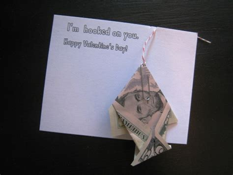 Origami Fish Dollar Bill - diy on a dime origami fish card with free printable