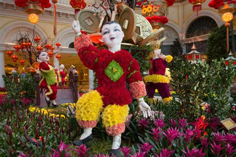 new year 2016 las vegas bellagio bellagio celebrates new year with new floral