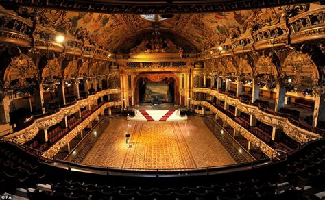 Blackpool Tower Floor Plan by Blackpool Tower Ballroom Spring Clean Begins Daily Mail