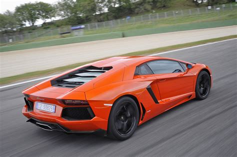 Lamborghini Aventador Fuel New Lamborghini Aventador Lp700 4 2016 Prices And