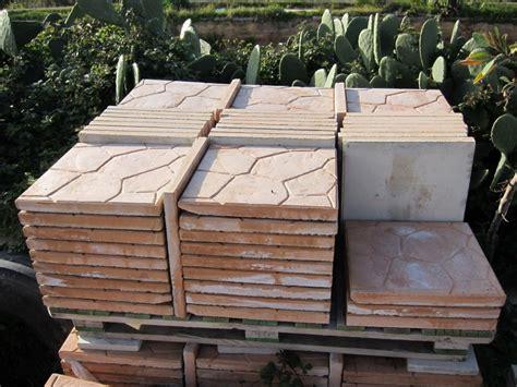 mattoni in tufo per giardino prezzi mattoni tufo per giardino prezzi tufo with mattoni tufo