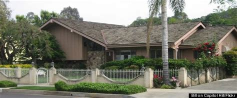 brady bunch house 5 things you probably never knew about the brady bunch huffpost